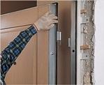 установка входных дверей в доме