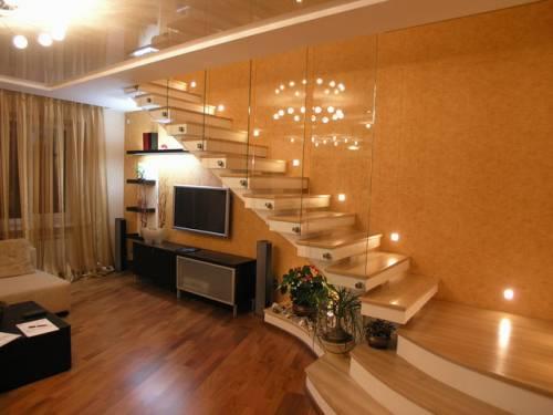 обустройство лестницы внутри дома