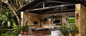 Летняя кухня с террасой под одной крышей